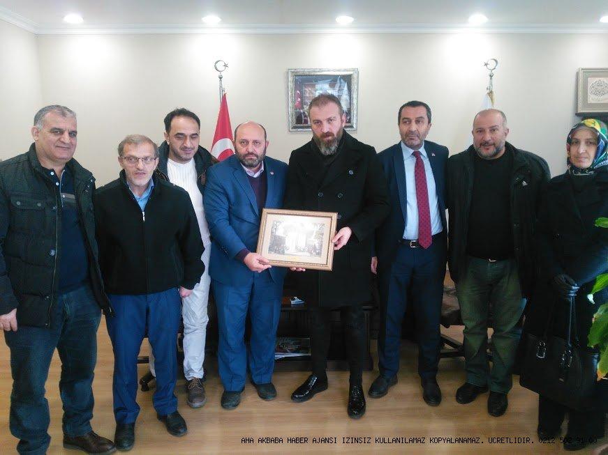 Hacı Sürmeneli'den yeni başkan Hakan Cengiz'e hayırlı olsun ziyareti