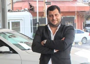Ahmet Kademoğlu; ikinci el altın çağını yaşıyor, Her eve bir araba
