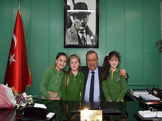 Osman Develioğlu; Amacımız mutlu bir dünyanın umut çiçeklerini gelecekte de mutlu kılmaktır
