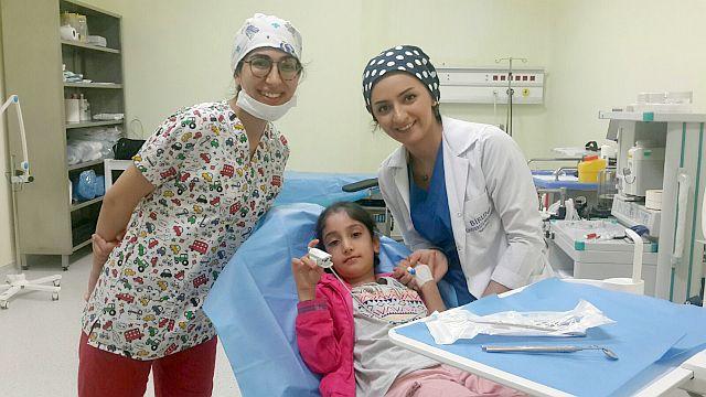Engelli Meryem'in Tek Hayali İnci Gibi Dişlere Sahip Olmaktı