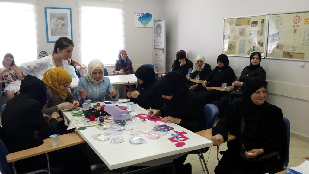 Göçmen Kadınların Ürünleri 'Kar Serçesi'yle Markalaştı