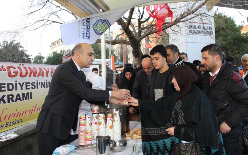 Bakırköy Belediyesi'nden hastalara ve hasta yakınlarına sıcak ikram