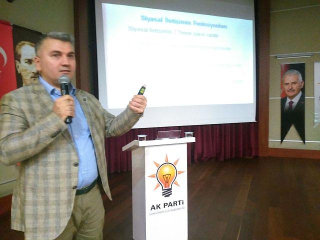 Dr. Mustafa Canbey ; Türkiye'de artık Medya ne derse o olmuyor