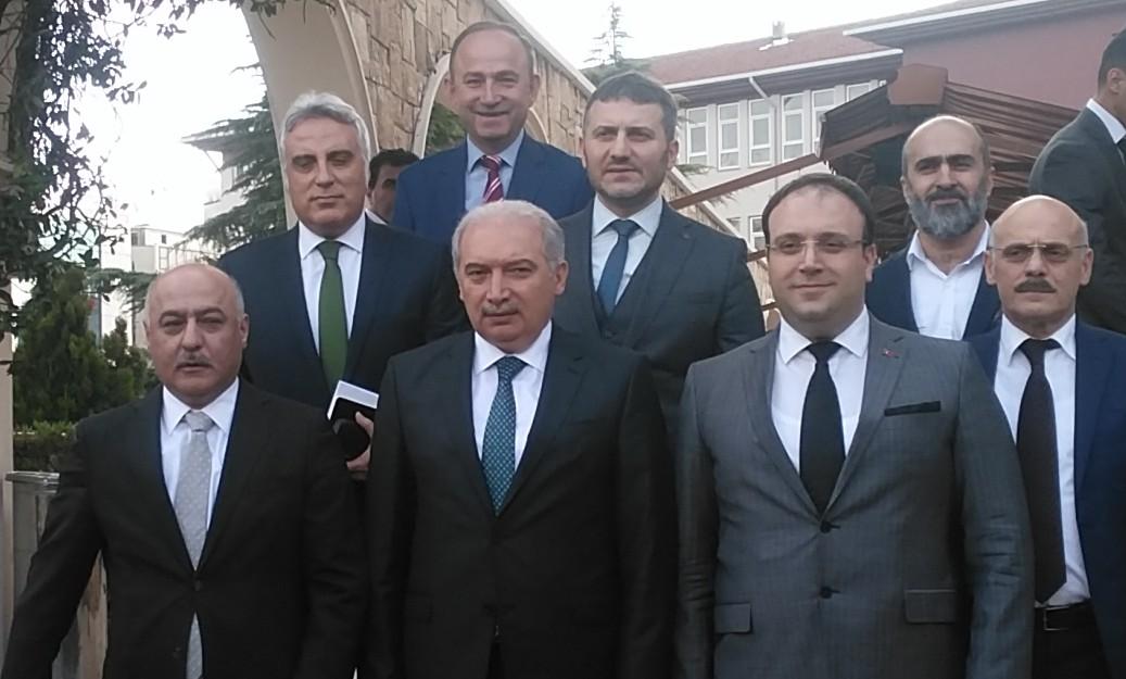 İstanbul Belediye Başkanı Mevlüt Uysal Güngören'de