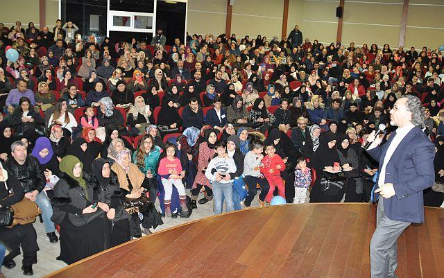 Sıtkı Aslanhan Güngören'de Bilinçli Aile Olmanın sırlarını verdi