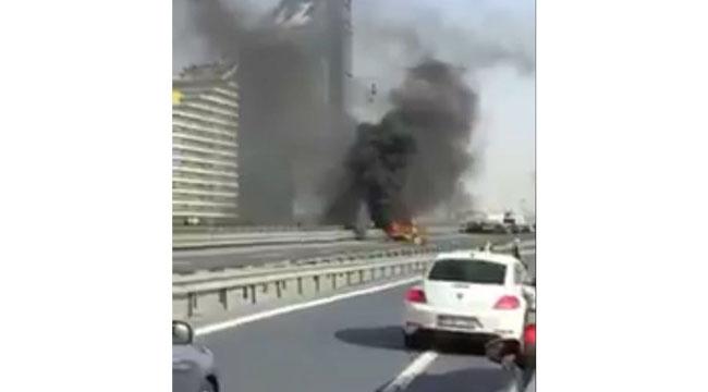 TEM'de Çıkan Yangın Trafiği Felç Etti