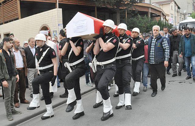 Polis memuru Ömer Faruk Yıldız dualarla hakka  uğurlandı