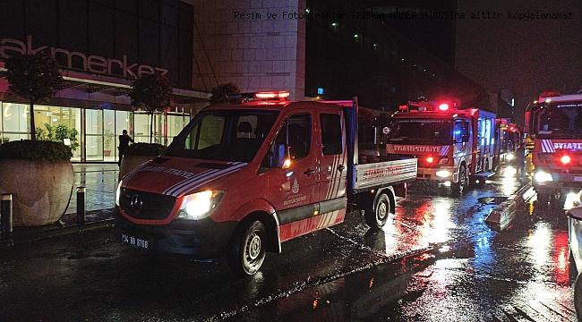 Etiler'de bulunan AVM'de yangın paniği