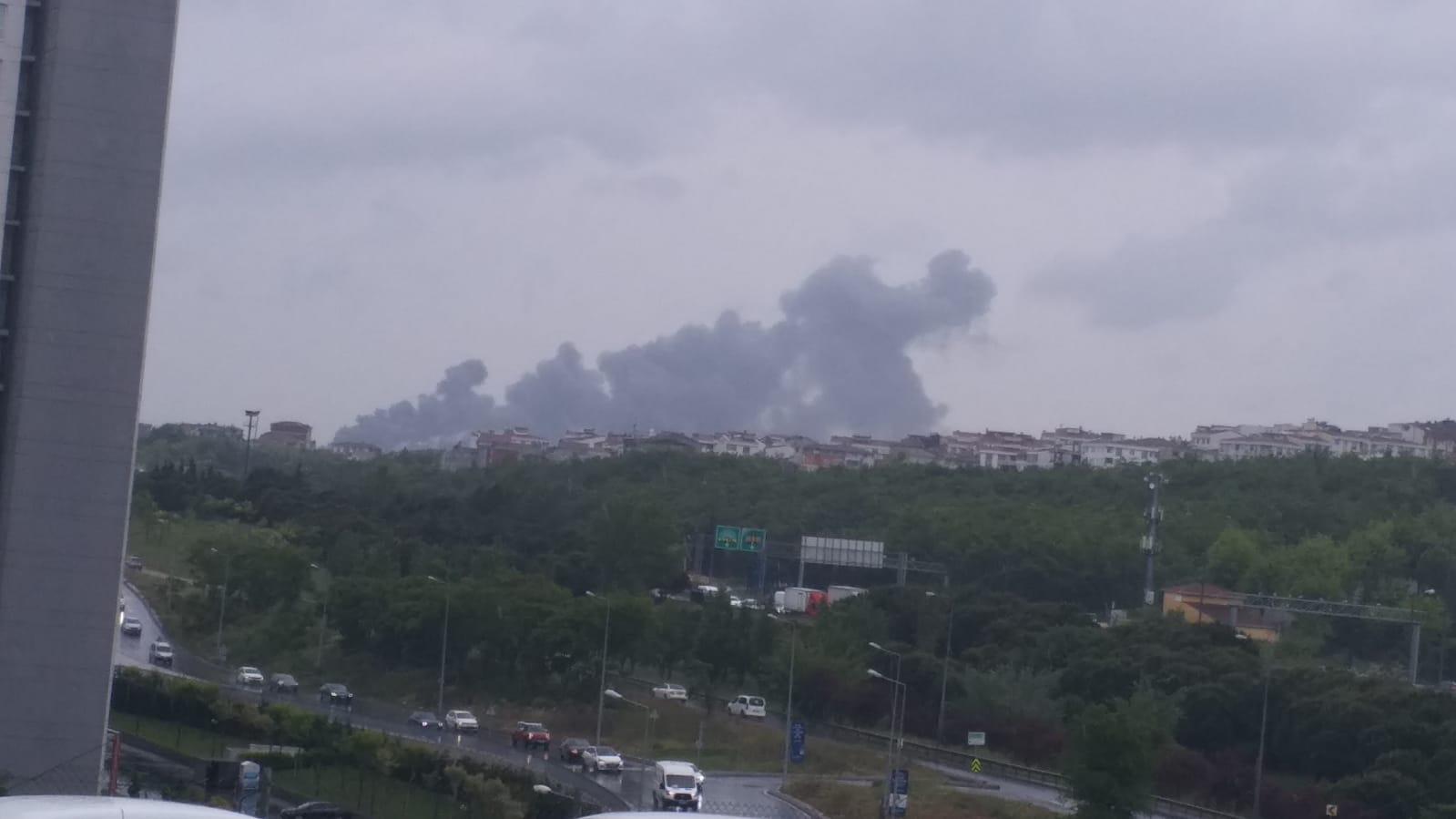 Avcılar firuzköy'de ki yangın itfaiye alarma geçirdi