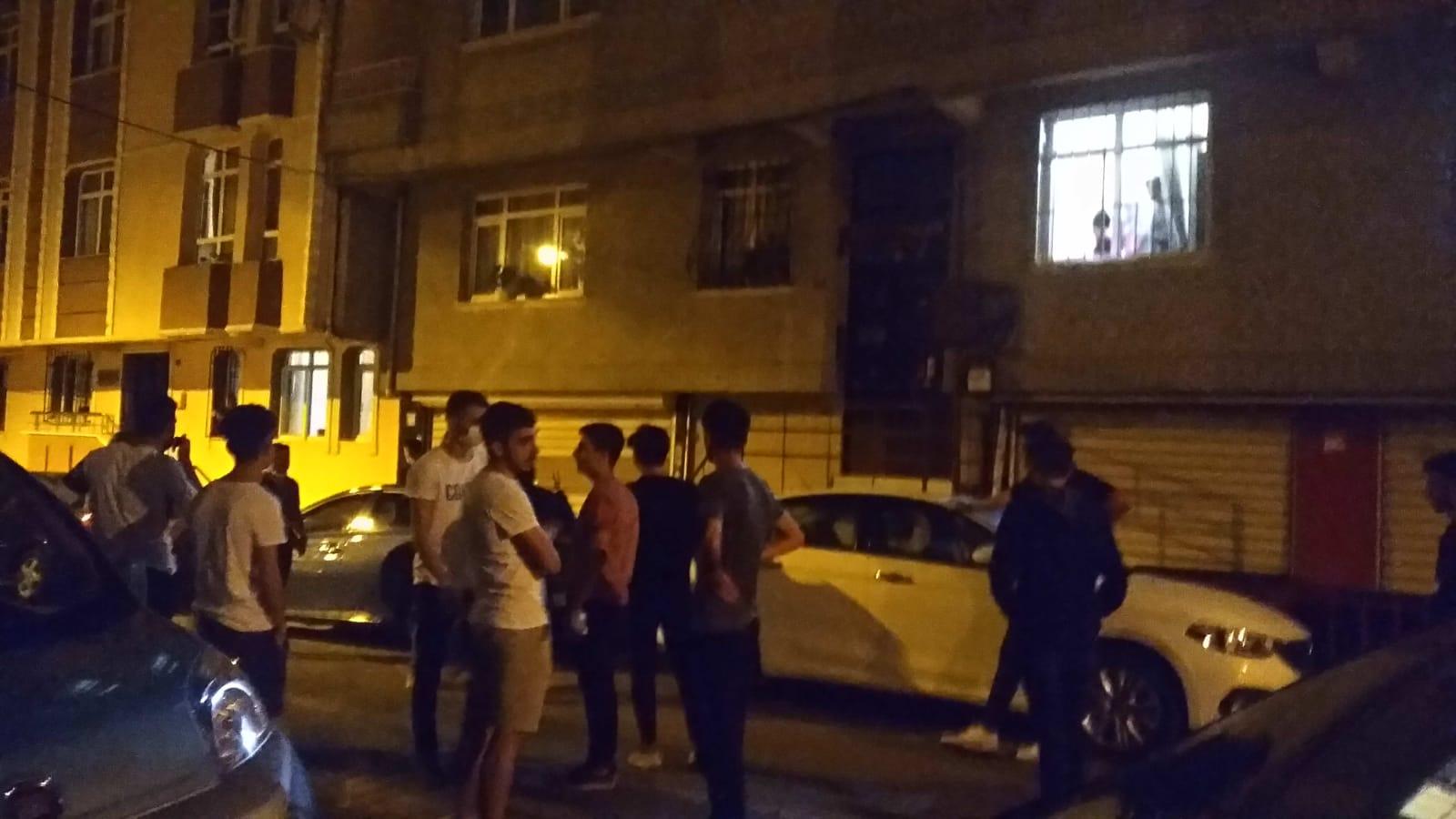 Güngörende Komşular kavga etti, gençlerin sağduyusu felaketi önledi