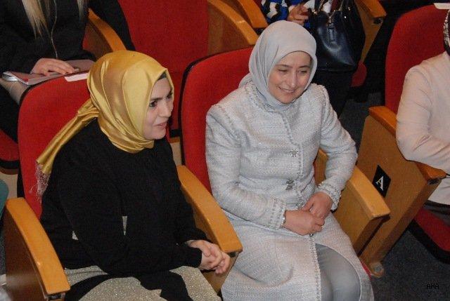 Sare Davutoğlu: Sağlıklı Nesil Sağlıklı Gençlik İçin Anne Sütü Önemli