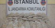 İstanbul  Jandarna uyuşturucu baronunu 63 eroinle  kilo ile kıskıvrak yakaladı
