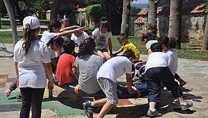 Bilge Çocukların Piknik Keyfi Görülmeye Değer