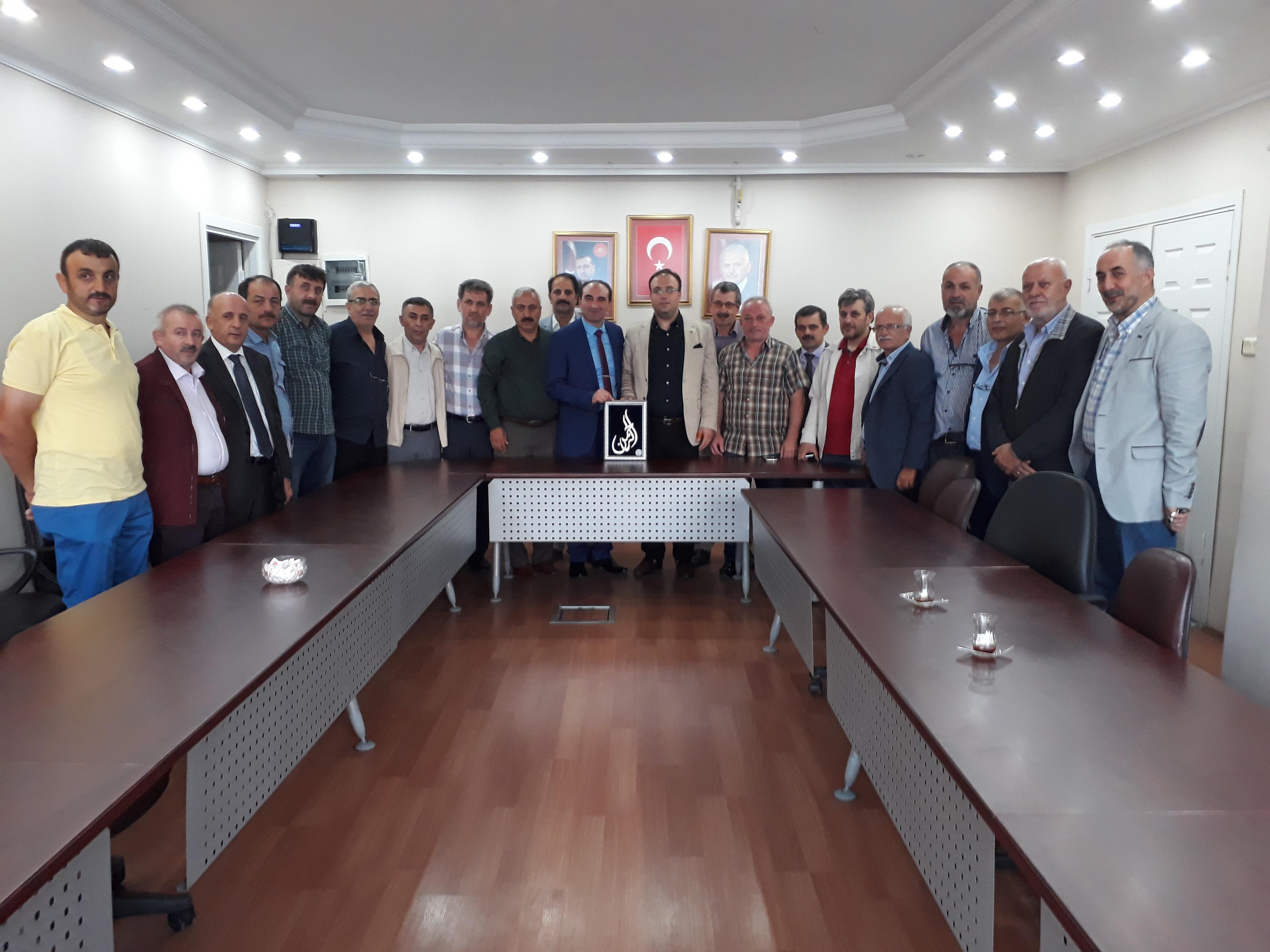 Bünyamin Baş Güngören Trabzonlular Derneği'ni Ağırladı