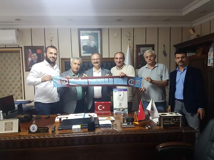 Güngören Trabzonlular Derneği sıla-i rahim e çıkartma yaptı