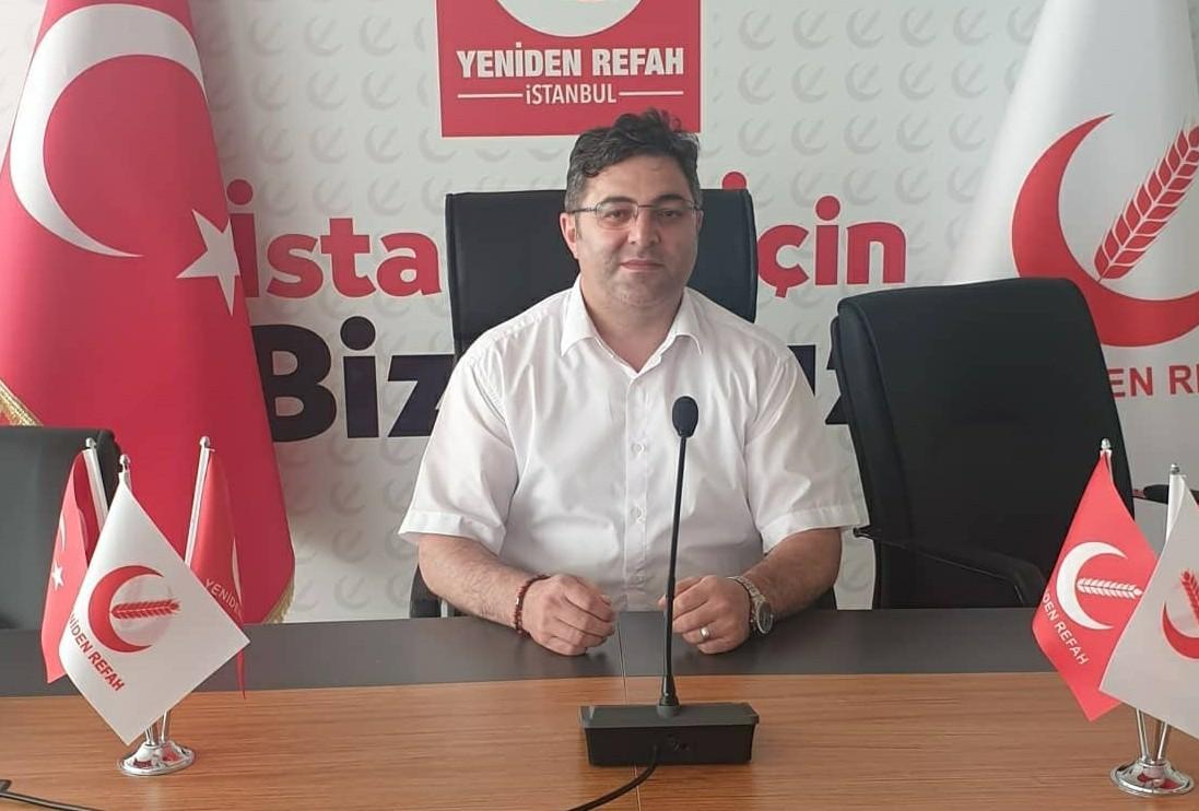 Güngören'de Yeniden Refah Partisi bayrağı Yücel Öztürk'te