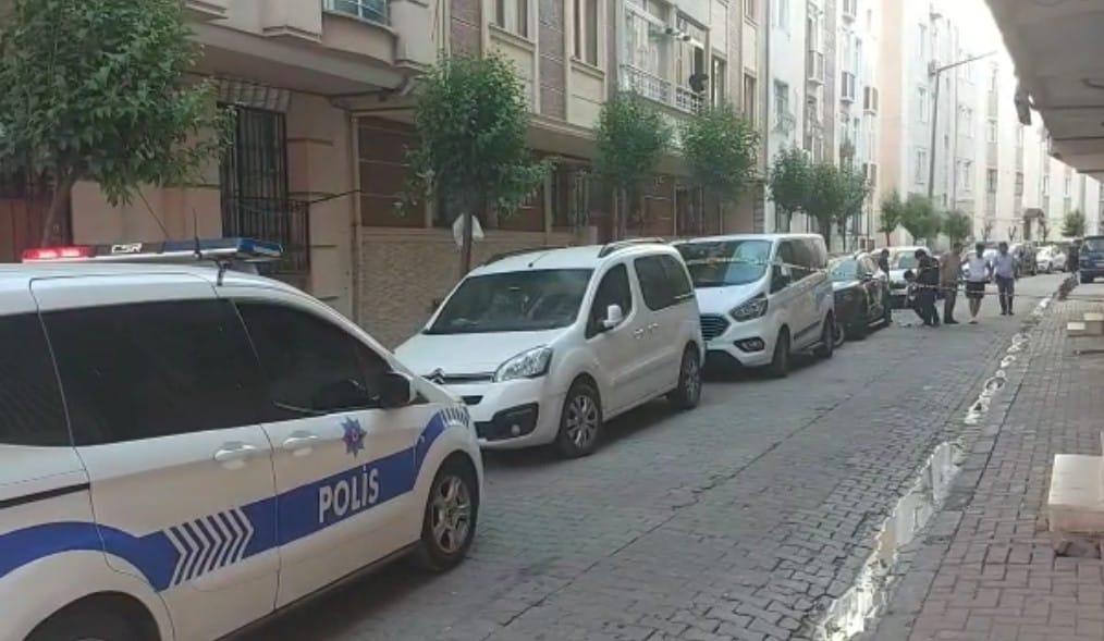 Güngören'de Sokak eşkıyaları çatıştı 1 yaralı