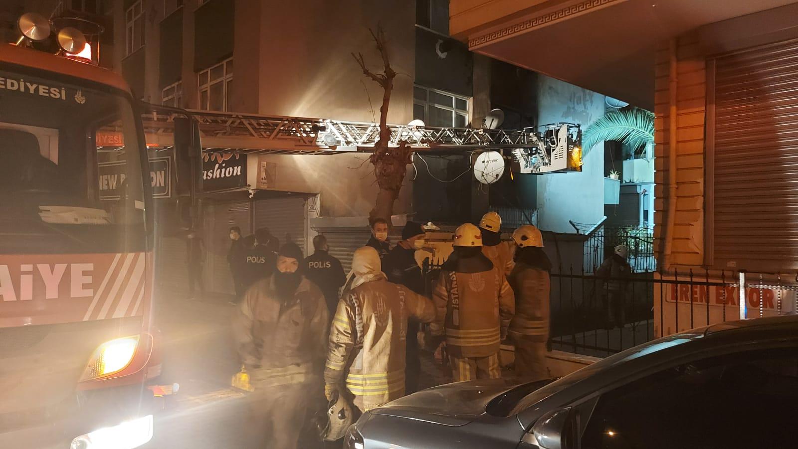 Güngören'deki yangında can pazarı yaşandı,