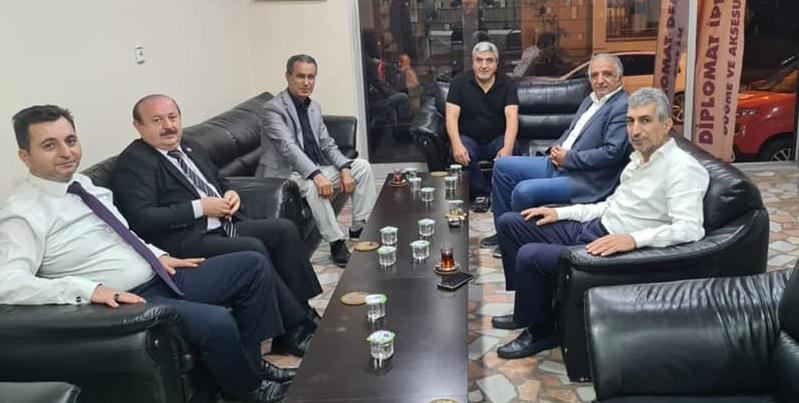 Küçükçekmece Malatyalılar Eyüp Sabri Atay ve Abbas Parlak'ı ağırladı
